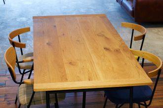 新ミーティングテーブル